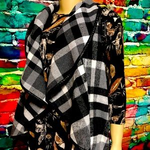 Plaid vest with pockets